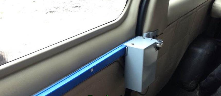 lap-cua-lua-tu-dong-dong-mo-xe-transit