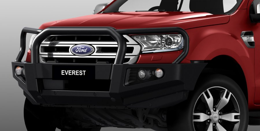 cang-truoc-ford-everest