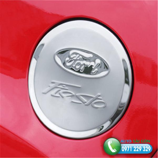 Yp-nYp-xYng-Ford-Fiesta-01