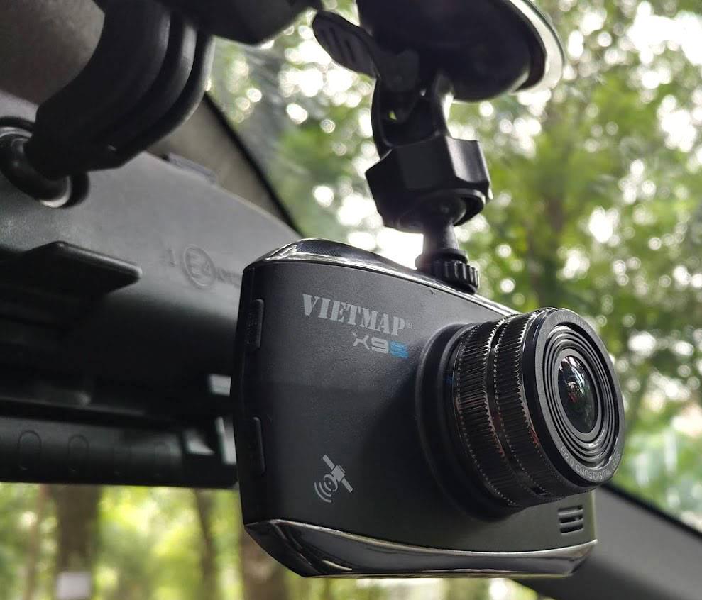 camera-hanh-trinh-x9s-auto-sai-gon_1
