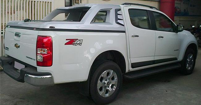 nap-thung-thap-xe-colorado-autosaigon-2