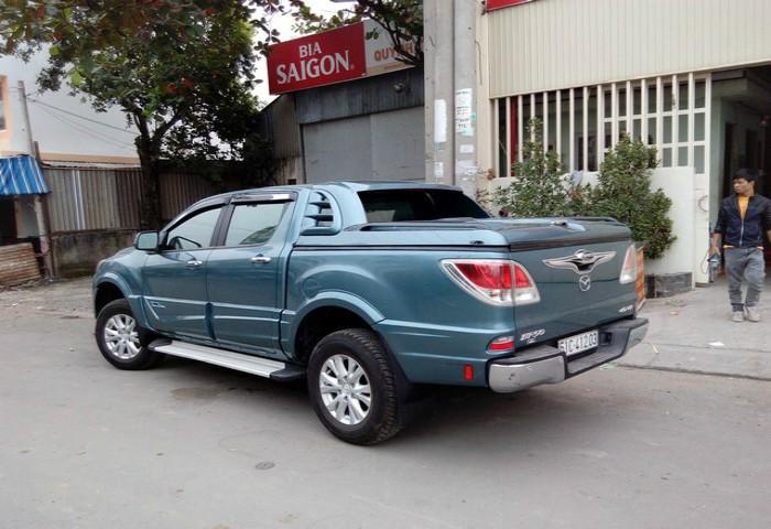 nap-thung-thap-mang-ca-xe-Mazda-BT50_3