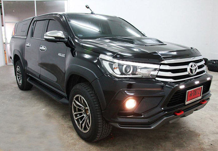 op-can-truoc-toyota-hilux-2015-1