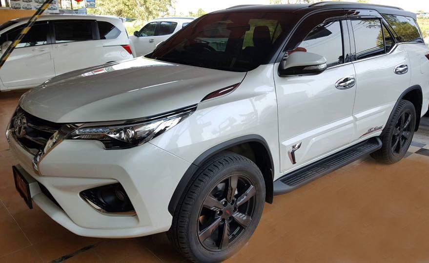 hinh-anh-op-hong-xe-fortuner-2017-thai-lan